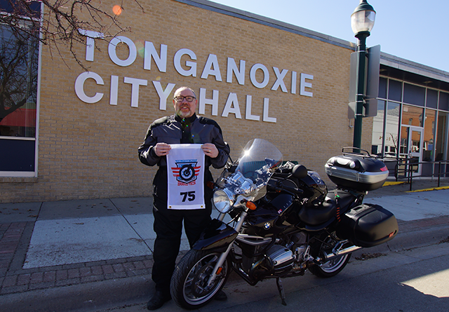 TTWT at the Tonganoxie City Hall in full color